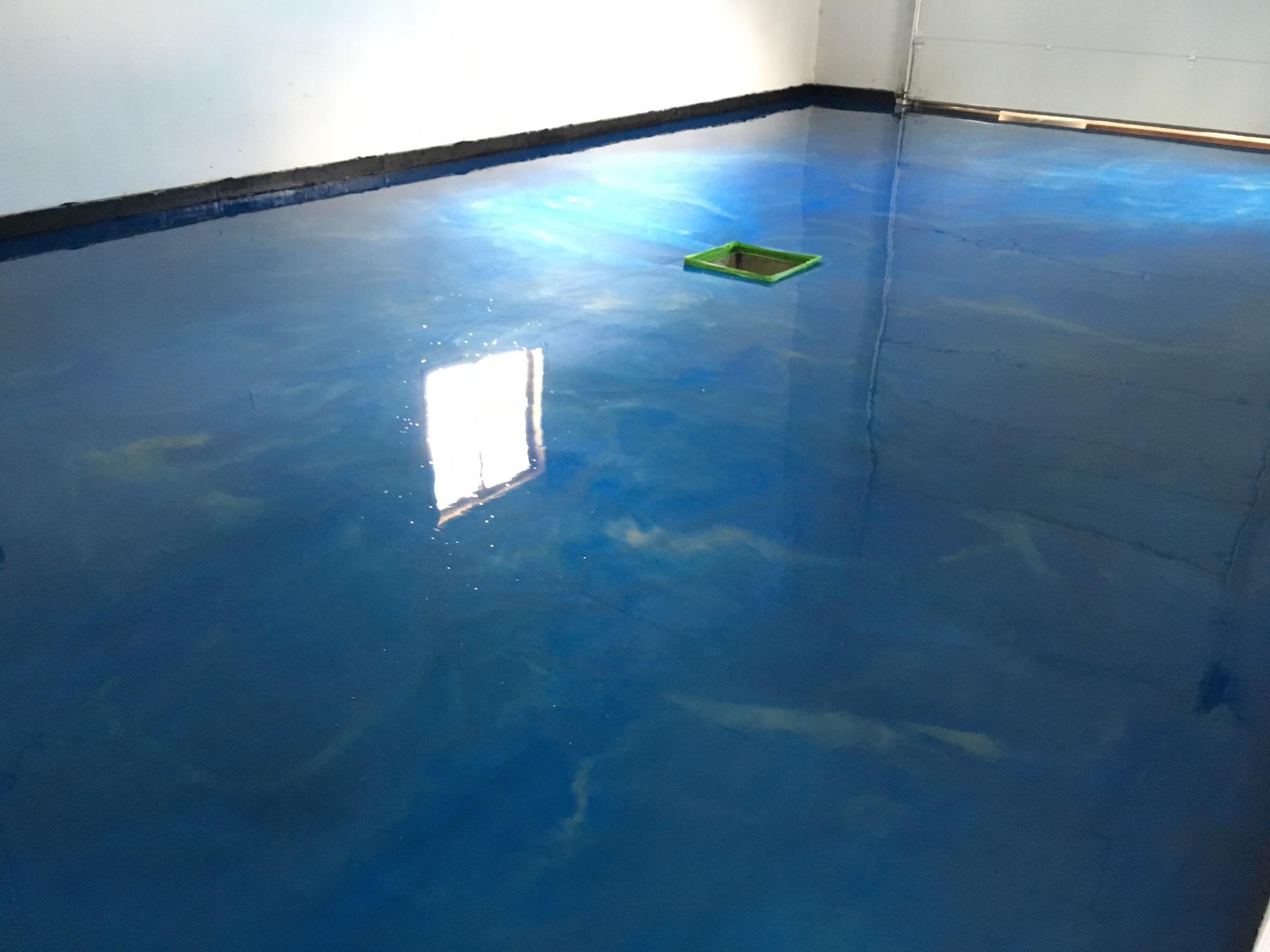 Quality pro epoxy garage floor coating garage cabinets for Boat garage on water