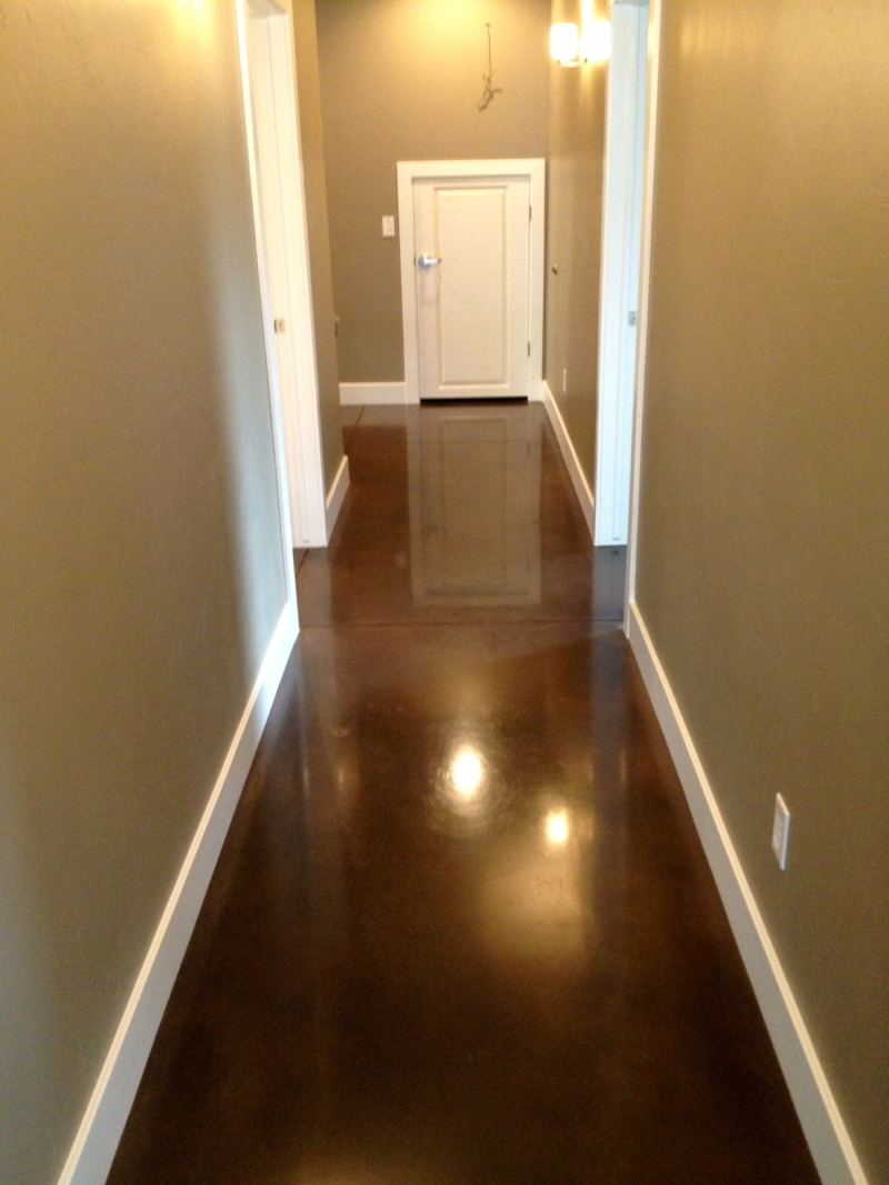 walnut stained concrete floors thefloors co. Black Bedroom Furniture Sets. Home Design Ideas